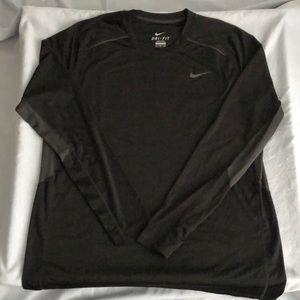 Nike Swoosh Dri-Fit Long Sleeve Shirt